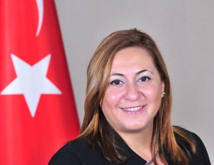 """""""GEGEOĞLU, """"KADINLAR SİYASİ HAYATTA DAHA FAZLA YER  ALMALI"""""""